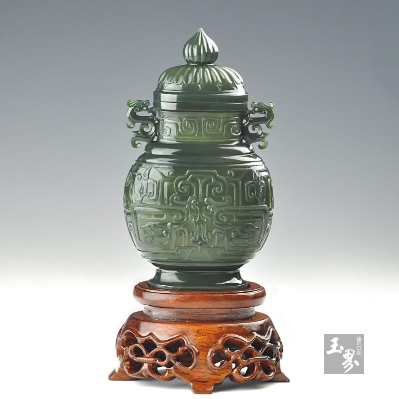青玉-龙凤纹饰薄胎瓶