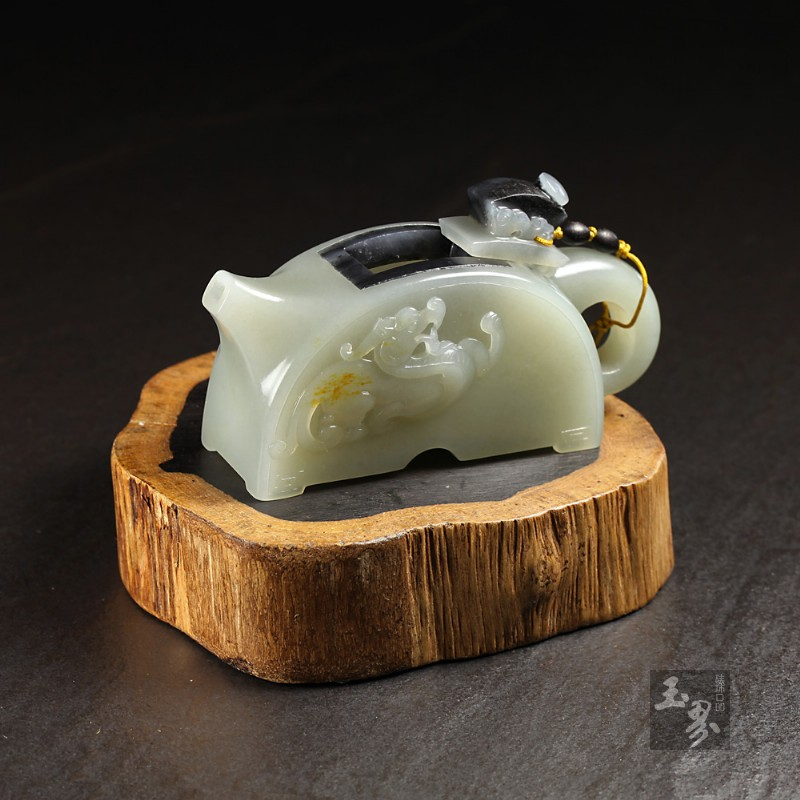 白玉子料-瓦当壶
