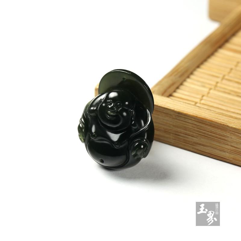 青玉籽料-弥勒佛